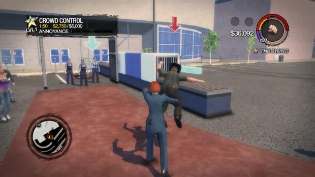 Crowd Control, una delle nuove attività, sfrutta alla perfezione l'abilità di lanciare con precisione altre persone, punti bonus centrando le zone marchiate!