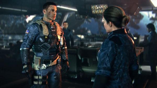 Capitano Nick Reyes, sulla sinistra, e il Colonnello Nora Salter, sulla destra.